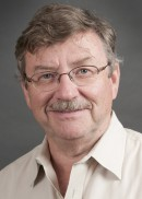 A portrait of Larry Robertson of the University of Iowa College of Public Health.