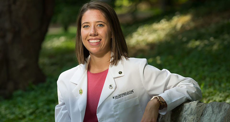 A portrait of Alyssa Billmeyer of the University of Iowa College of Public Health and the College of Pharmacy.
