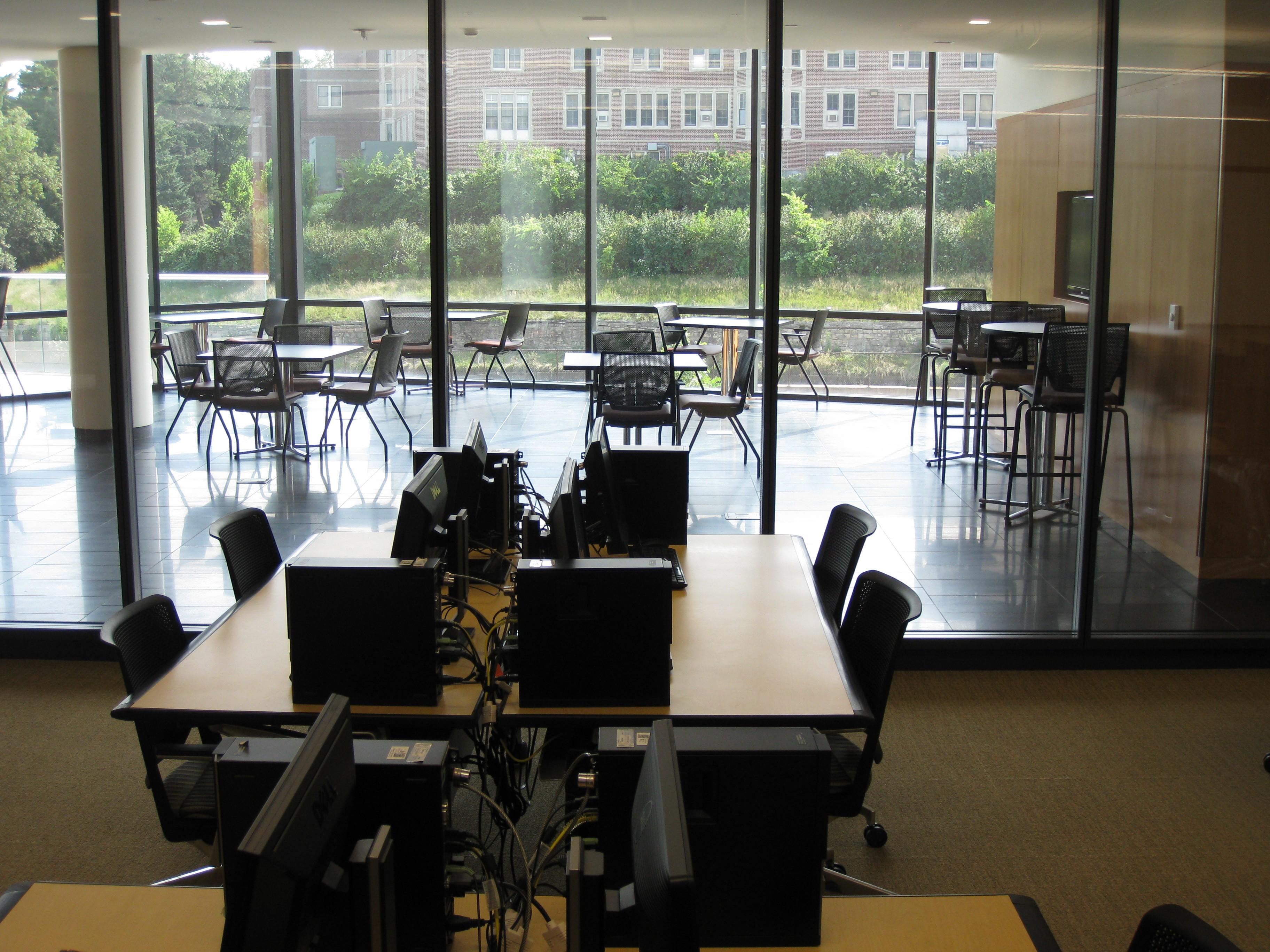 CPH student computer lab
