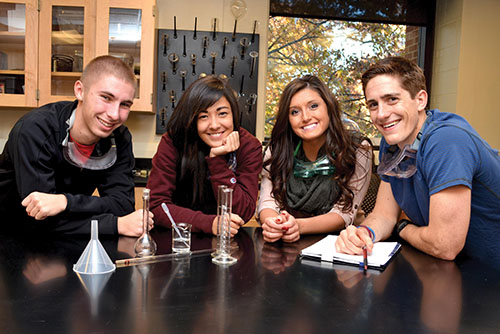 Students gathered in a science lab. Photo courtesy of Coe College.