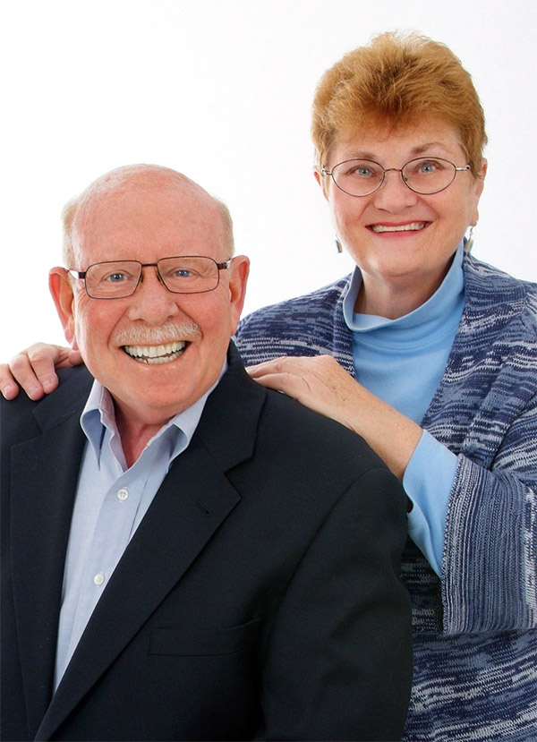 portrait of Dale and Linda Baker