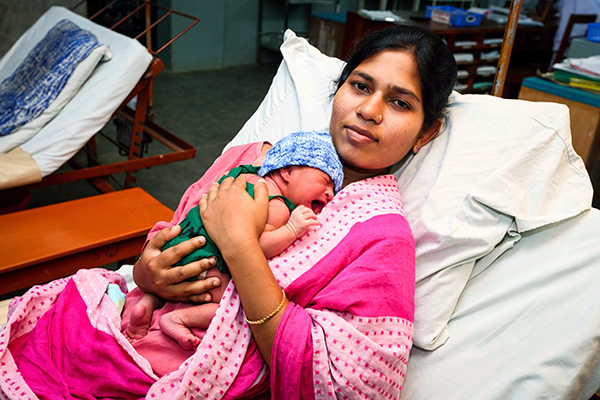 Atifa Begum with her new born baby at LAMB hospital.