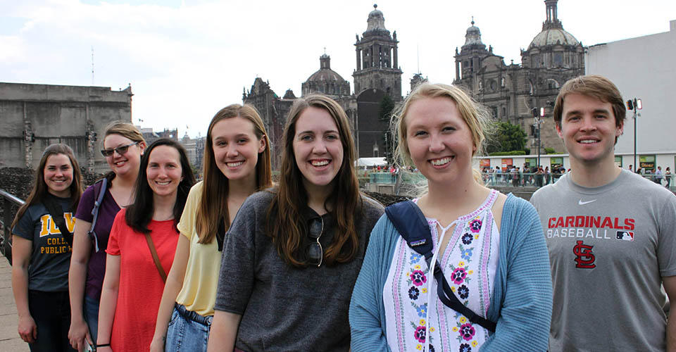 a group of public heath students in Mexico City