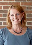 Portrait of Peggy Brinkman, MPH '09, practicing veterinarian program.