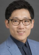 Professor Hyunkeun (Ryan) Cho of the Department of Biostatistics at the University of Iowa College of Public Health.