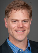 A portrait of Professor Dan Shane of the Department of Health Management and Policy at the University of Iowa College of Public Health.
